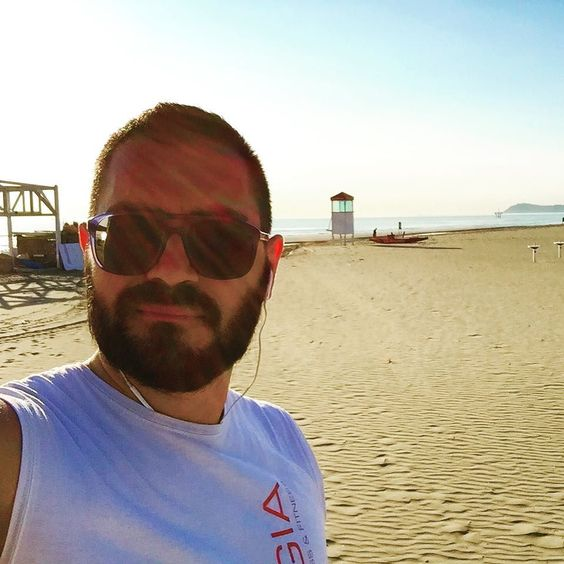 #buongiorno #goodmorning #run #beach #rimini #lungomare #corsa #spiaggia #mare #itay #emiliaromagna #romagna by agosto_81