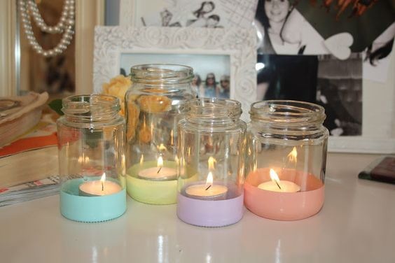pastel-dipped glass jars to hold candles- such a neat yet easy DIY!
