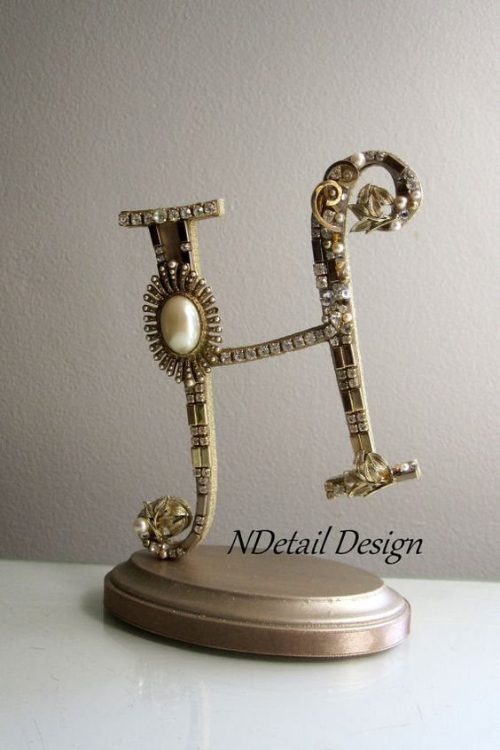Art Deco Monogram Cake Topper : Monogram Art Deco Gatsby Theme Wedding Cake by ...