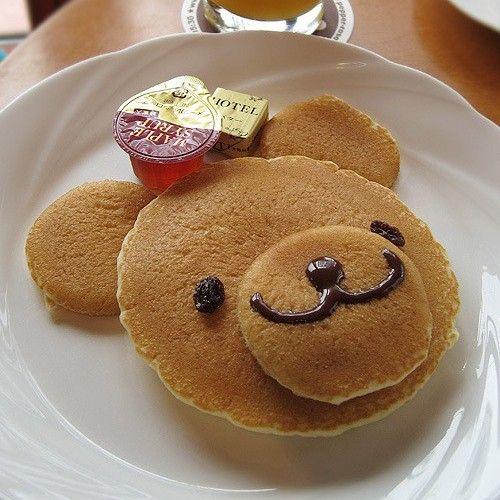 Teddy bear pancakes. Ideas for kids #breakfast
