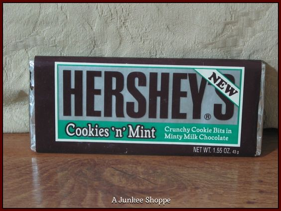 HERSHEY'S Cookies N Mint 1992 Chocolate Candy Bar Unopened  P733  http://ajunkeeshoppe.blogspot.com/