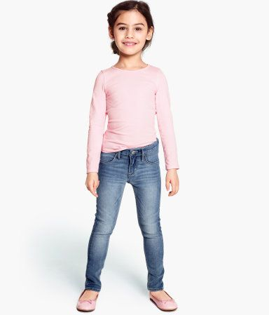 little girl outfit skinny jeans long sleeve pale pink top and pink ballet flats from h and m. Black Bedroom Furniture Sets. Home Design Ideas