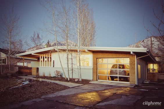 Mid century modern garage doors and mid century on pinterest for Mid century modern shed