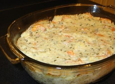 Shrimp & Grits Casserole  i need this likenow.