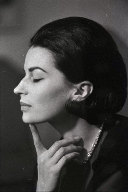 Silvana Mangano, best Italian actress A lovely photo.....don't you think Arbi?