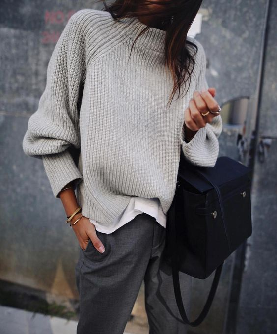 """8,429 curtidas, 10 comentários - @stylecliche no Instagram: """"Layers and shades of grey #stylegoals"""""""