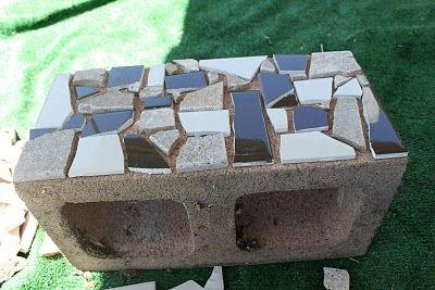 Would be great as a garden border.  Lay the 'hole' side down so the mosaic shows out then fill holes with dirt & flowers.: Garden Outdoor, Concrete Block, Cinder Block, Gardening Outdoor, Ceramic Tile, Mosaic Cinderblock