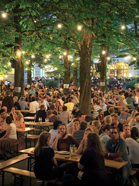 10 Adressen Die Du In Munchen Besucht Haben Musst Restaurant Im Freien Restaurant Terrasse Im Freien