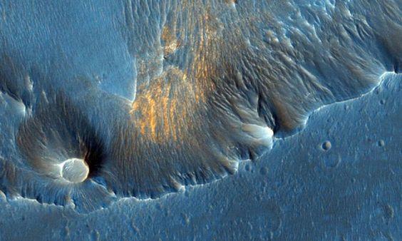A sonda da Nasa Mars Reconnaissance Orbiter (MRO, na sigla em inglês, ou satélite de reconhecimento de Marte, em tradução livre) percorre a superfície do Planeta Vermelho desde 2006. Operado pela Universidade do Arizona, ela é equipada com uma câmera de alta resolução que proporciona imagens de tirar o fôlego Foto: Divulgação/NASA /JPL-Caltech/University of Arizona