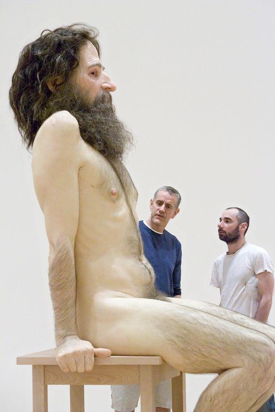 Ron Mueck - Esculturas hiper-realistas de pessoas gigantes