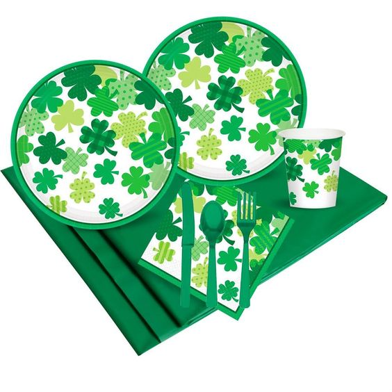 PartyBell.com - Happy St. Patrick Day Blooming Shamrocks Party Pack (18)