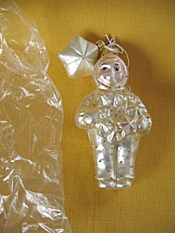 Dept 56 Snowbabies Christmas Ornament with Wreath