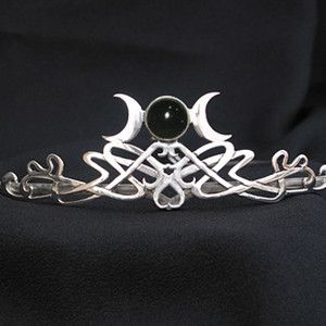 Triple Goddess Moon Celtic tiara with Onyx centerpiece.