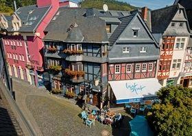Ringhotel Blaue Ecke- Gast im Schloss, in Adenau http://www.ringhotels.de/hotels/blaue-ecke