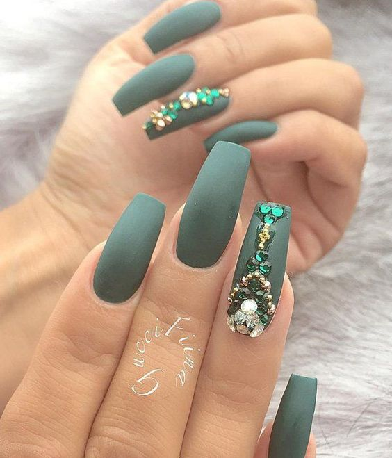 Mat nails are worn for a couple seasons. This is a very beautiful dark green, royal green shade.: