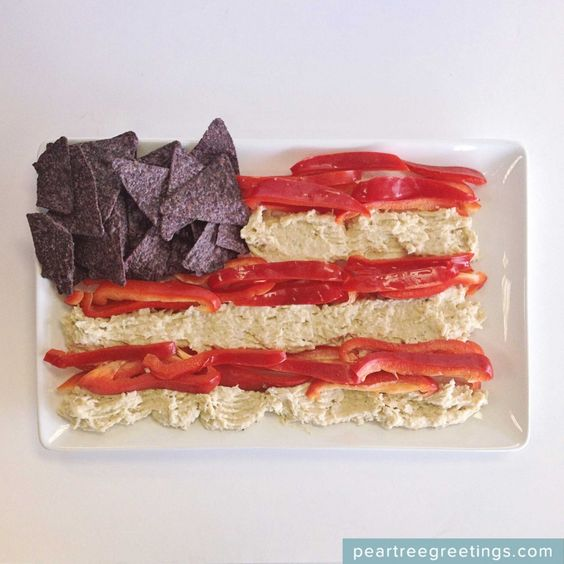 4th of July Food Ideas: American Flag Dip #partyideas #foodideas #peartreegreetings