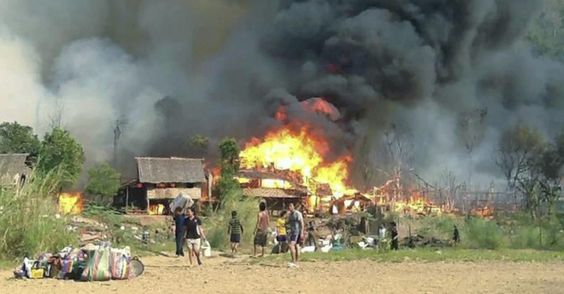 Major fire hit a Burmese refugee camp in Mae Surin, northern Thailand, Saturday (23). At least 62 people died and over 200 were injured. The site housed about 4,000 refugees. Two hundred of the 281 places were destroyed by fire. Info realize that the fire had started in an incident in the kitchen of one of the housings - March 23, 2013 - Photos - UOL News