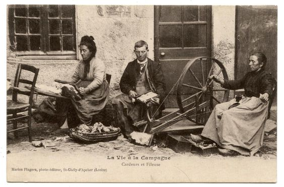 Carders and spinner in France