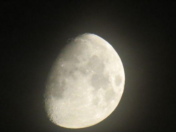 Moon -France (La Rochelle)