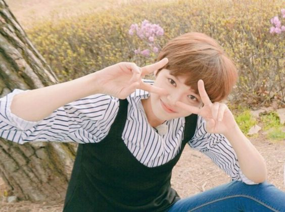 Peace out #Twice #Jungyeon