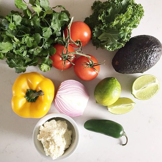 My top 10 Kitchen Picks for Clean Eating on jillianharris.com to set you up for success with those healthy NY resolutions ! Plus one of my favourite kale recipes... #cleaneating #kale