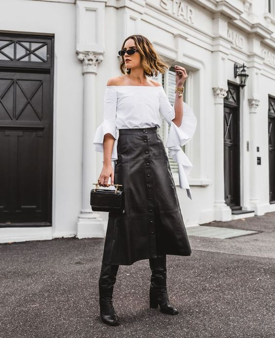 58 Impressive Fall Leather Skirt Style Ideas For 2019 - faswon.com