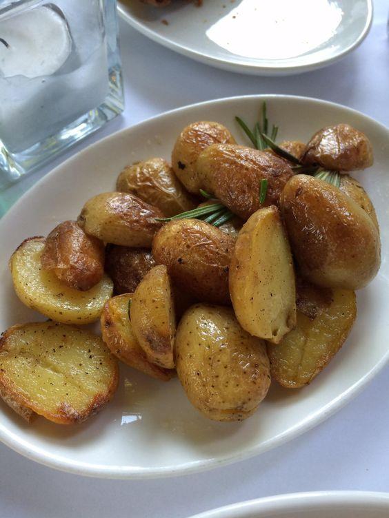 Rosmarinkartoffeln in der Bar Giornale in München. Lust Restaurants zu testen und Bewirtungskosten zurück erstatten lassen? https://www.testando.de/so-funktionierts