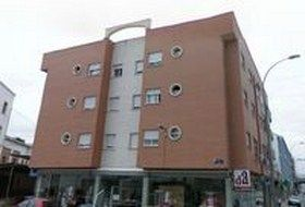 fachada edificio alkalali
