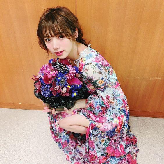 花柄のお洋服の池田エライザ