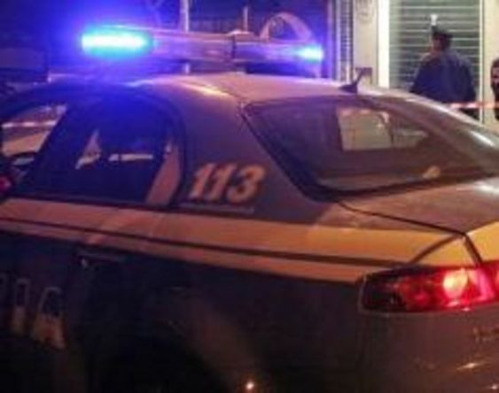 Napoli, perseguitava da mesi la ex: arrestato 21enne in piazza Trieste e Trento   Report Campania