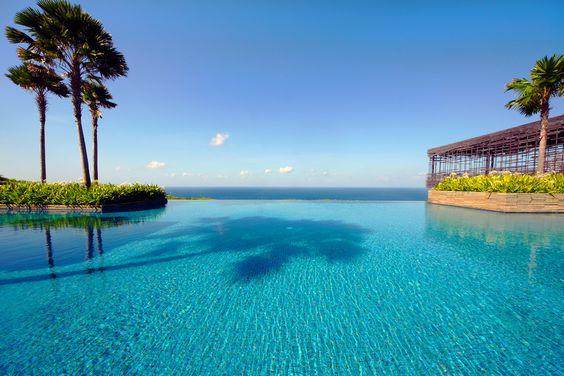 Uluwatu, Bali, Infinity pool