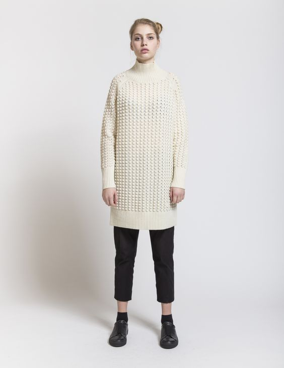 Selhood - womensfashion outfit. Lambswool/nylon long with turtleneck. This long knit is made of lambswool blend yarn, designed to fall loosely on the body.