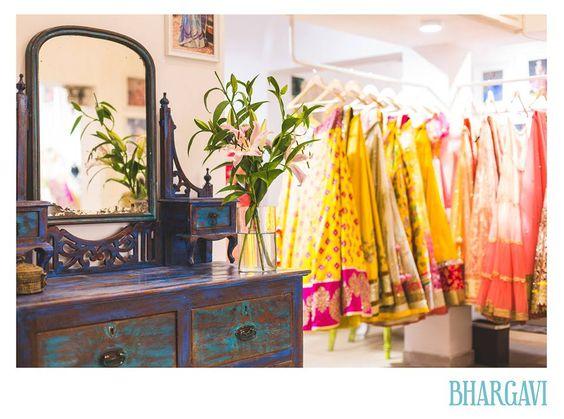 beautiful vintage dressing table@bhargavi kunam store