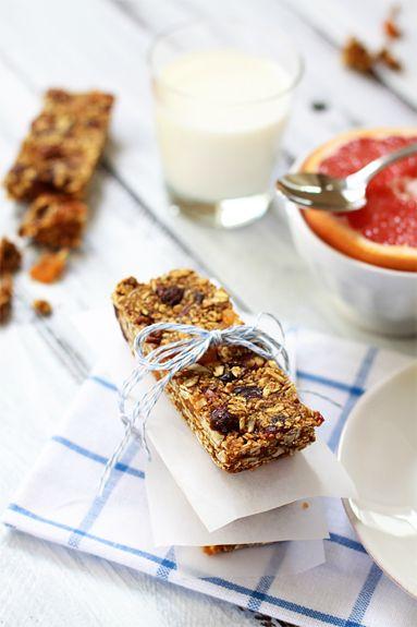 Homemade granola bar formula= customizable granola bars!