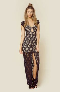 The Prettiest Maxi Dresses You've Ever Set Your Eyes On - A Lace Maxi Dress