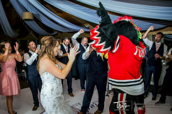 TWA Weddings at Kemper Lakes Golf Club   Click the picture to enter our Wedding Giveaway!