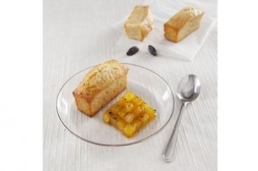 Recette de Financier au gingembre frais, poire caramélisée à la fève tonka