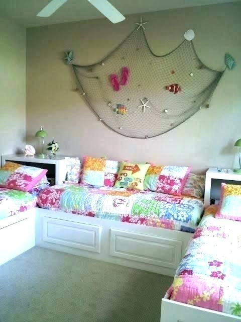 Cool 3 Twin Beds In One Room Bedrooms How To Fit 3 Twin Beds In A