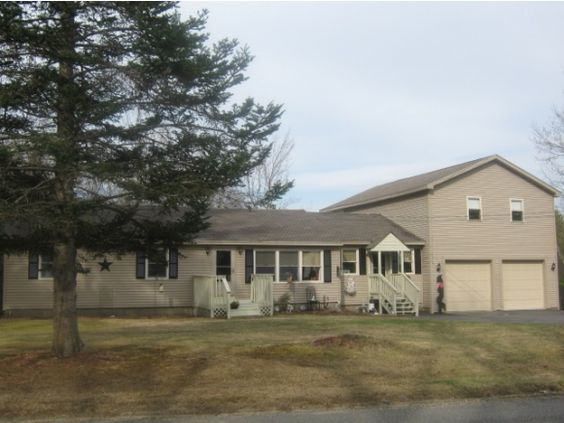 Ranch style home on 2 7 acres with attached two car for Attached garage with living space above