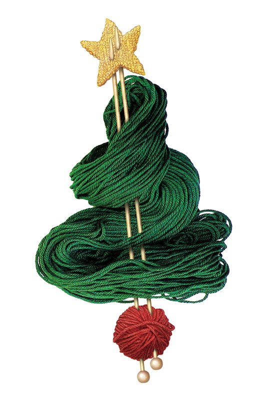Cute Christmas tree made out of yarn and some knitting needles!