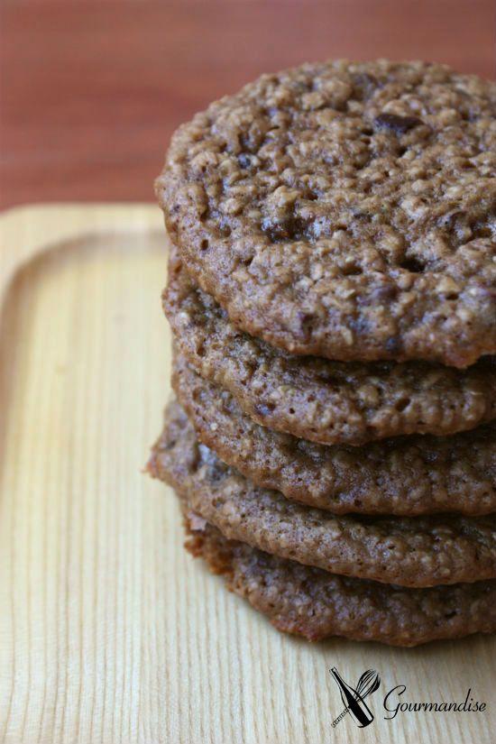 Gourmandise Cookies de mel e aveia com nibs de cacau