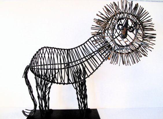 love this lion sculpture | art love | Pinterest | Lion sculpture ...
