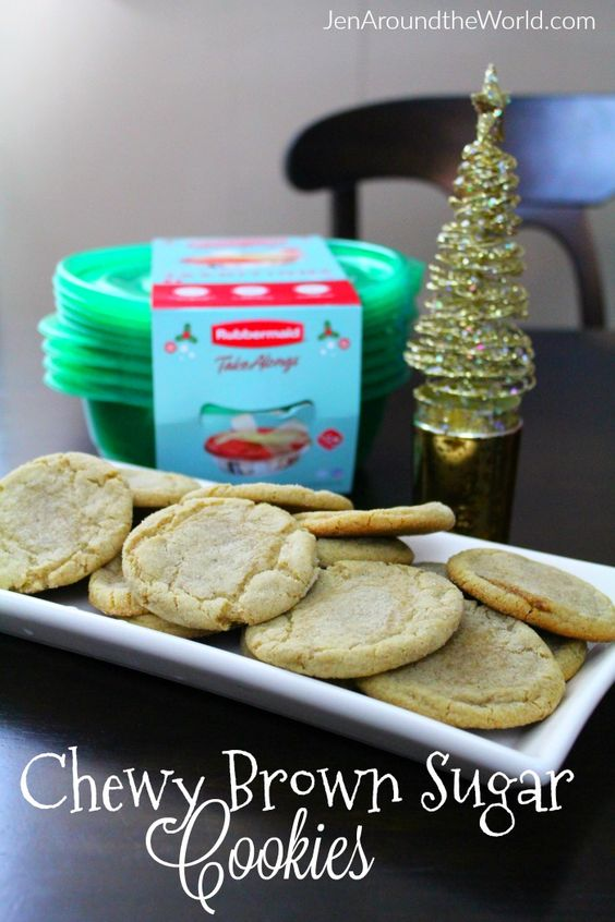 Today I am sharing a delicious cookie recipe that I recently made. What made it fun is that I am sharing it with a friend and then giving her the ingredients to make her own! I picked everything up at @Walmart including the holiday @rubbermaid TakeAlongs that make it even prettier! Get the recipe here ---> #SharetheHoliday #ad