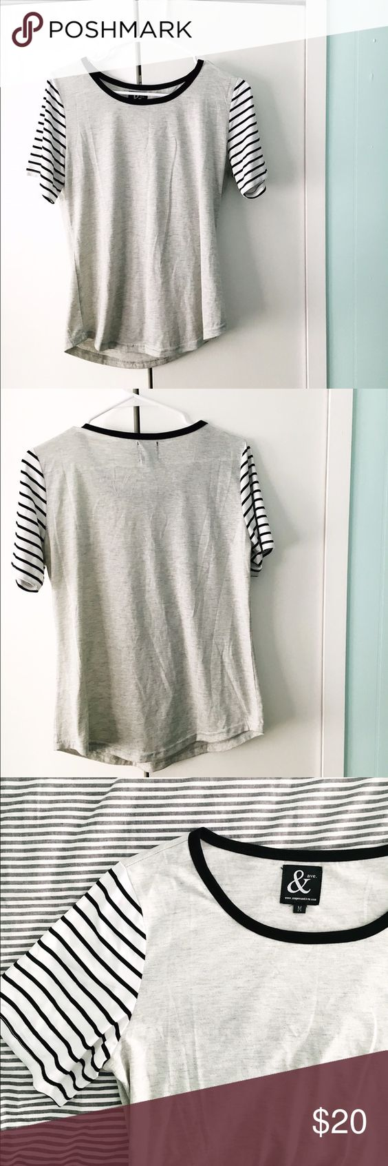 Solid & Striped Tee Bought from Piper & Scoot. Only worn a few times. Just like new! Tops Tees - Short Sleeve