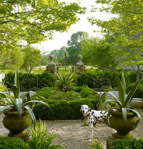 Pin By Olivia Leake On Garden Patio Beautiful Gardens Landscape Design Formal Gardens