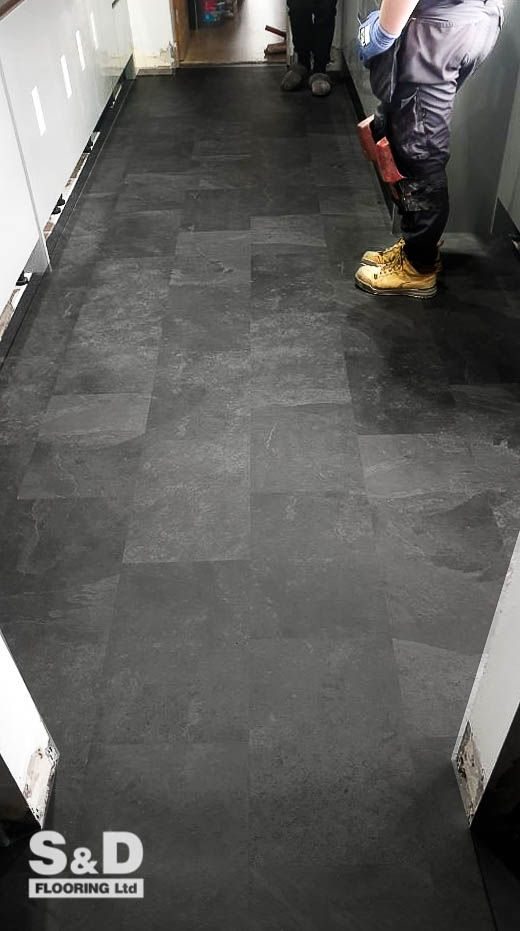 karndean knight tile black riven slate