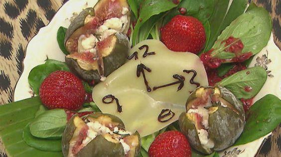 Rezept: Unendliche Zeit gepaart mit Früchten und Käse auf Salat (Belle la Donna)