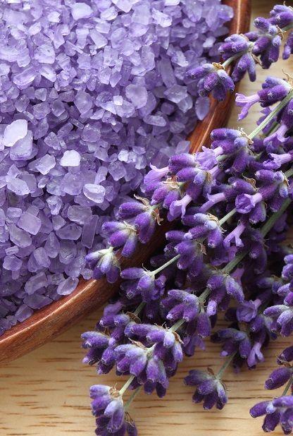 """Pledge to take some """"me-time"""" with lavender bath salts as #Renuzit…"""