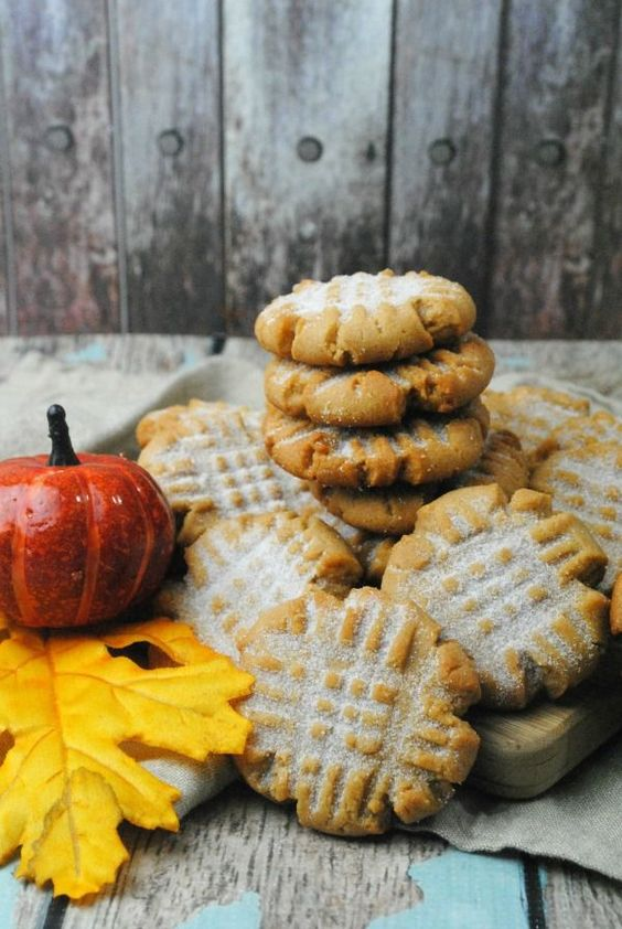 Get ready for the upcoming fall season with these absolutely delicious pumpkin…