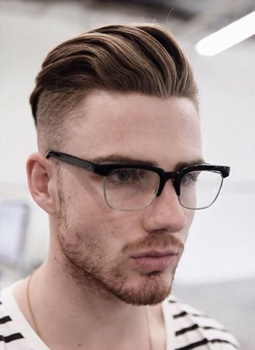 Kurzhaarfrisuren Manner Undercut Mit Brille Lange Haare Manner Neue Frisuren Frisuren